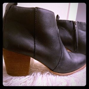 Madewell Black Ankle Leather Boots